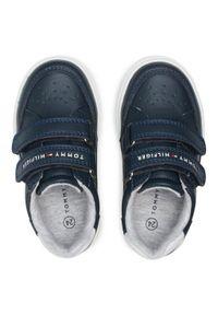 Sneakersy TOMMY HILFIGER - Low Cut Velcro Sneaker T1B4-31073-0621X007 S Blue/White X007. Okazja: na spacer. Zapięcie: rzepy. Kolor: niebieski. Materiał: skóra ekologiczna, materiał. Szerokość cholewki: normalna