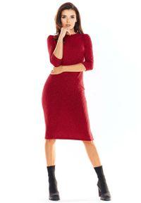 Awama - Bordowa Ołówkowa Sukienka Midi z Prążkowanej Dzianiny. Kolor: czerwony. Materiał: dzianina, prążkowany. Typ sukienki: ołówkowe. Długość: midi