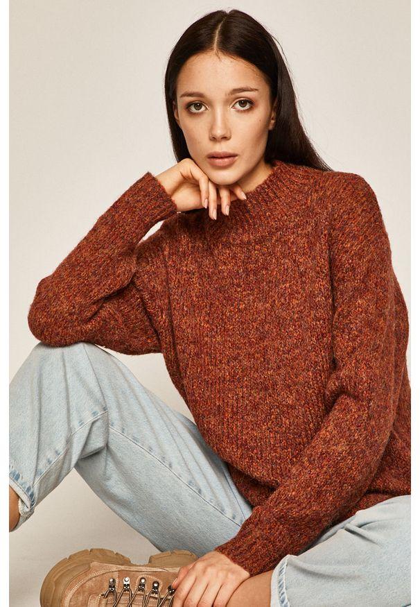 Brązowy sweter medicine melanż