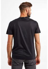 Emporio Armani - T-SHIRT EMPORIO ARMANI. Materiał: materiał. Długość rękawa: krótki rękaw. Długość: krótkie. Wzór: haft