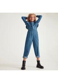 Reserved - Jeansowy kombinezon - Niebieski. Kolor: niebieski. Materiał: jeans
