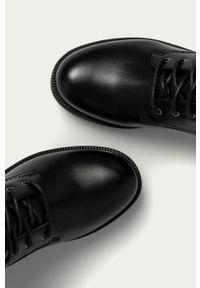 Czarne botki Answear Lab wakacyjne, z cholewką, bez obcasa, na sznurówki