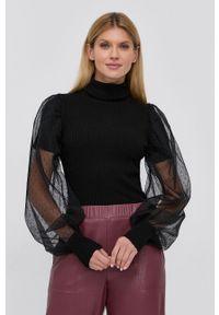TwinSet - Twinset - Sweter z domieszką wełny. Okazja: na co dzień. Typ kołnierza: golf. Kolor: czarny. Materiał: wełna. Długość rękawa: długi rękaw. Długość: długie. Styl: casual