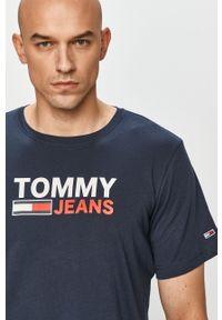 Tommy Jeans - T-shirt. Okazja: na co dzień. Kolor: niebieski. Materiał: dzianina. Wzór: nadruk. Styl: casual