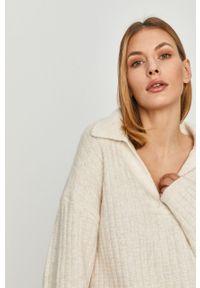 Kremowy sweter Answear Lab długi, z długim rękawem, wakacyjny