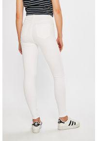 Białe spodnie materiałowe TALLY WEIJL z podwyższonym stanem