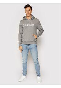 Calvin Klein Bluza Logo K10K104060 Szary Regular Fit. Kolor: szary