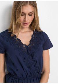 Sukienka z ażurowym haftem bonprix ciemnoniebieski. Kolor: niebieski. Wzór: haft, ażurowy