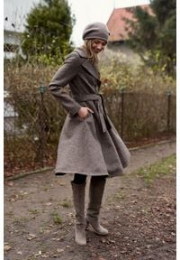 Marie Zélie - Płaszcz Achillea brązowa drobna kratka – wełna Harris Tweed®. Kolor: brązowy. Materiał: wełna. Wzór: kratka