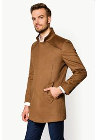 Beżowy płaszcz Lancerto ze stójką