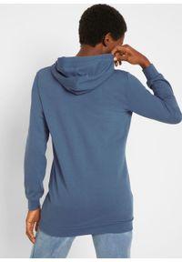Długa bluza z kapturem, długi rękaw bonprix indygo. Typ kołnierza: kaptur. Kolor: niebieski. Długość rękawa: długi rękaw. Długość: długie. Wzór: nadruk