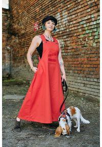 Hultaj Polski - Sukienka Szelma Czerwona. Kolor: czerwony. Materiał: bawełna, tkanina, elastan. Wzór: paski