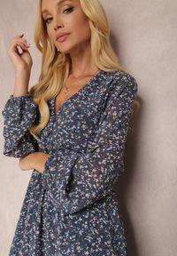 Renee - Granatowa Sukienka Erasakos. Kolor: niebieski. Wzór: kwiaty, aplikacja. Długość: maxi #2