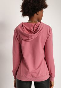 Renee - Ciemnoróżowa Bluza Cythica. Kolor: różowy. Materiał: dzianina. Wzór: nadruk