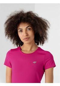 4f - Koszulka treningowa damska. Kolor: różowy. Materiał: skóra, dzianina. Wzór: gładki. Sport: fitness