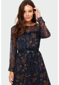 Greenpoint - Elegancka sukienka z nadrukiem. Wzór: nadruk. Styl: elegancki