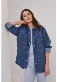 Answear Lab - Koszula jeansowa. Kolor: niebieski. Materiał: jeans. Długość rękawa: długi rękaw. Długość: długie. Styl: wakacyjny