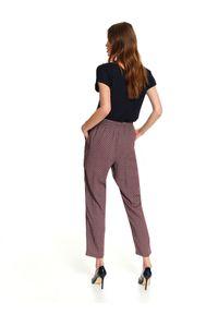 Czerwone spodnie TOP SECRET w kolorowe wzory, na co dzień, casualowe, na jesień