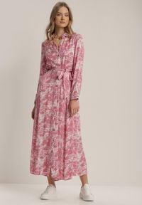 Renee - Ciemnoróżowa Sukienka Silelphise. Kolor: różowy. Materiał: materiał. Długość rękawa: długi rękaw. Typ sukienki: koszulowe. Długość: maxi #5