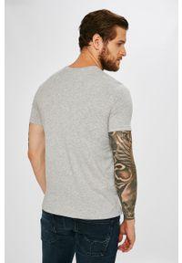 Szary t-shirt Armani Exchange casualowy, na co dzień, z nadrukiem #4