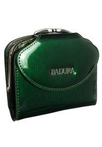 Portfel damski zielony Badura B-55180P-SH. Kolor: zielony. Materiał: skóra. Wzór: aplikacja
