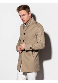 Ombre Clothing - Płaszcz męski wiosenny C269 - beżowy - XXL. Typ kołnierza: kołnierzyk stójkowy. Kolor: beżowy. Materiał: bawełna, poliester. Sezon: wiosna. Styl: elegancki