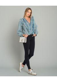 ONETEASPOON - Koszula jeansowa z falbanką. Typ kołnierza: kołnierz z falbankami. Kolor: niebieski. Materiał: jeans. Wzór: aplikacja. Styl: elegancki