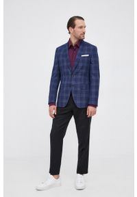 BOSS - Boss - Koszula. Typ kołnierza: kołnierzyk klasyczny. Kolor: fioletowy. Materiał: tkanina. Długość rękawa: długi rękaw. Długość: długie. Wzór: gładki. Styl: klasyczny
