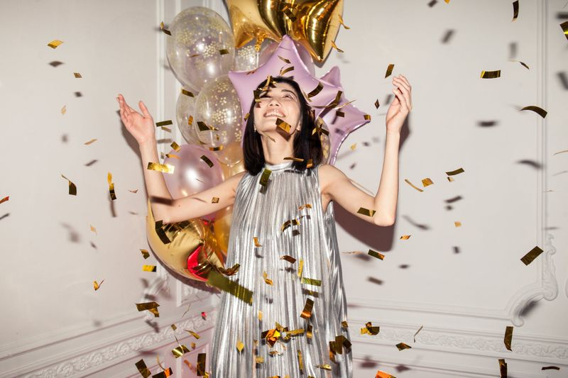 Lśnij! Srebrne i złote sukienki