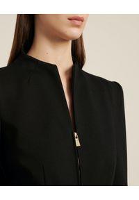 Luisa Spagnoli - LUISA SPAGNOLI - Czarna marynarka Sistemi. Kolor: czarny. Materiał: wiskoza. Długość rękawa: długi rękaw. Długość: długie. Styl: klasyczny