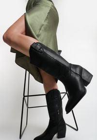 Renee - Czarne Kowbojki Yearlight. Kolor: czarny