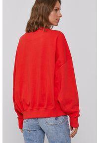 Wrangler - Bluza bawełniana. Kolor: czerwony. Materiał: bawełna. Długość rękawa: długi rękaw. Długość: długie. Wzór: nadruk