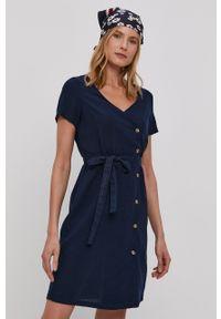 Vero Moda - Sukienka. Okazja: na co dzień. Kolor: niebieski. Materiał: tkanina. Typ sukienki: proste. Styl: casual