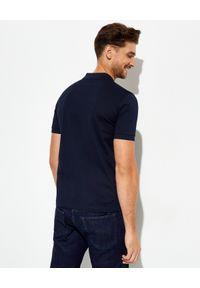 prada - PRADA - Granatowy t-shirt polo. Typ kołnierza: polo. Kolor: niebieski. Wzór: aplikacja. Styl: klasyczny