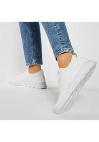 Big-Star - Sneakersy BIG STAR - DD274460 White. Kolor: biały. Materiał: materiał. Szerokość cholewki: normalna. Obcas: na płaskiej podeszwie