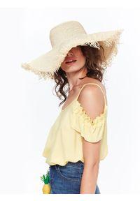 Żółta bluzka TOP SECRET na co dzień, na ramiączkach, krótka, z falbankami