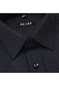 Desire - Czarna Koszula Męska z Długim Rękawem, DESIRE, Taliowana, w Drobny Wzór. Kolor: czarny. Materiał: poliester, bawełna. Długość rękawa: długi rękaw. Długość: długie. Styl: elegancki