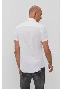 Jack & Jones - Koszula. Okazja: na co dzień. Typ kołnierza: button down. Kolor: biały. Długość rękawa: krótki rękaw. Długość: krótkie. Styl: casual