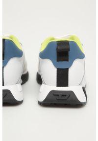 Białe sneakersy Diesel na sznurówki, z okrągłym noskiem, z cholewką