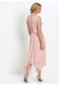 Różowa sukienka bonprix w koronkowe wzory, elegancka