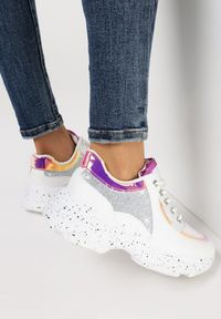 Srebrne buty sportowe Born2be