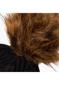 Czarna czapka zimowa Granadilla