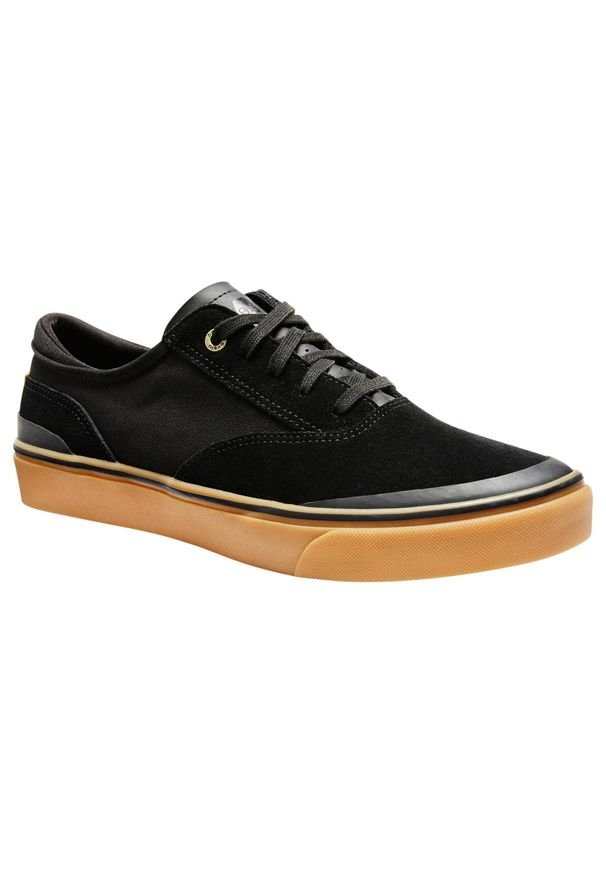 OXELO - Buty skate niskie VULCA 500. Kolor: czarny. Materiał: skóra, kauczuk. Szerokość cholewki: wąska. Obcas: na płaskiej podeszwie. Sport: skateboard