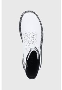 GOE - Workery skórzane. Nosek buta: okrągły. Zapięcie: sznurówki. Kolor: biały. Materiał: skóra