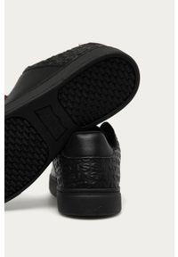 Czarne sneakersy Levi's® z cholewką, na sznurówki, na spotkanie biznesowe