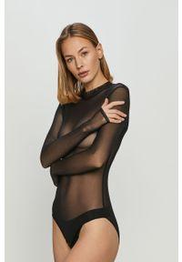 Czarne body
