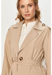 Beżowy płaszcz only klasyczny, gładki, na co dzień