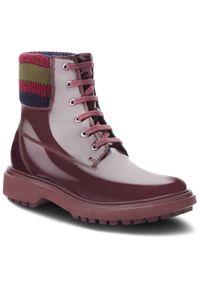 Czerwone buty trekkingowe Geox z cholewką
