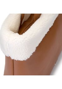 Wittchen - Kuferek ze sztucznym kożuszkiem. Kolor: brązowy. Sezon: jesień. Materiał: skórzane. Styl: sportowy, klasyczny, elegancki. Rodzaj torebki: przez ramię