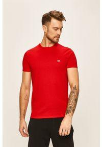 Lacoste - T-shirt. Okazja: na co dzień. Kolor: czerwony. Materiał: dzianina. Styl: casual